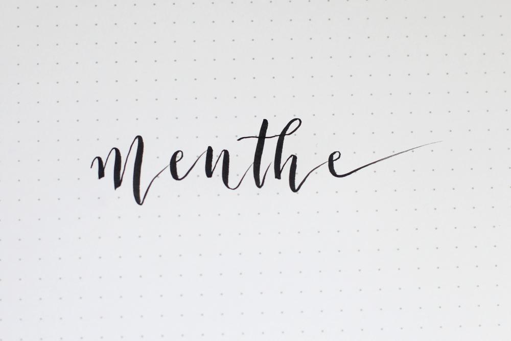 """bounce lettering sur le mot """"menthe"""