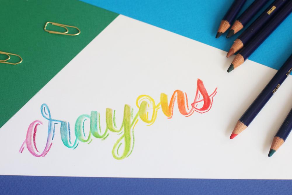 arc-en ciel avec les crayons aquarellables Derwent