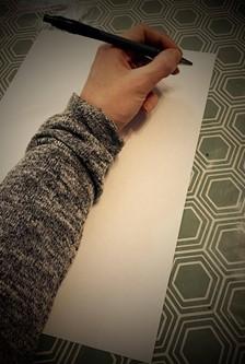 graphothérapie -position de la main pour un gaucher