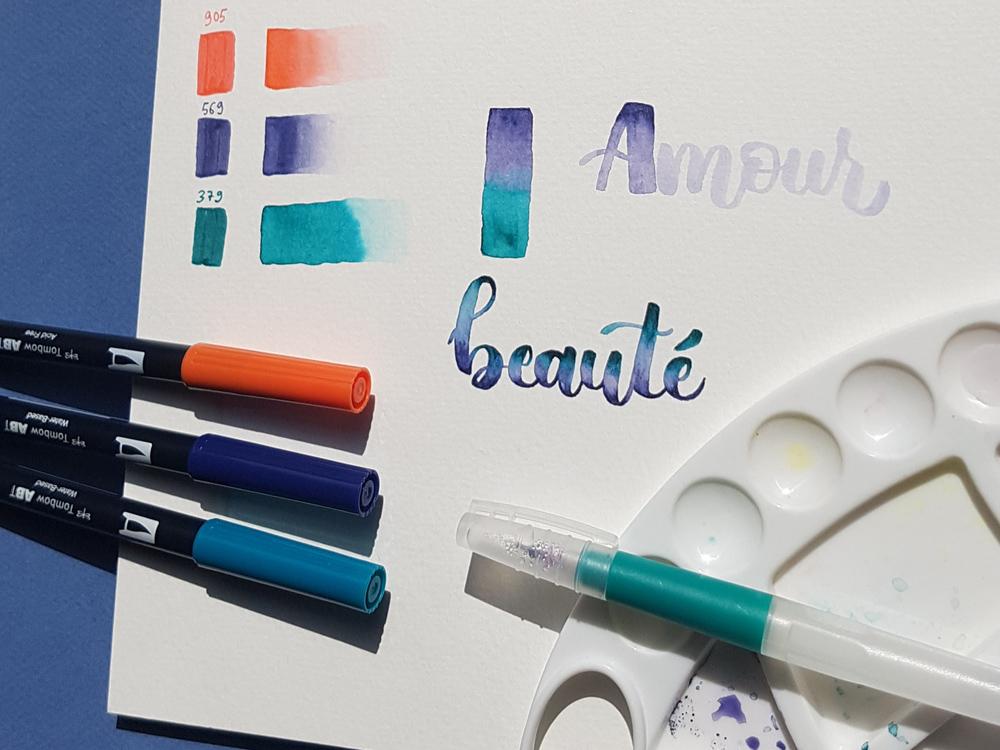 lettering aquarelle aux feutres Tombow : dégradés et blending